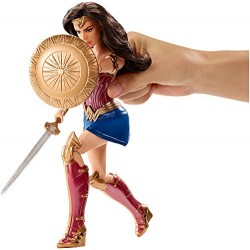 DC Comics 900 FDF39 Wonder Woman Shield Deluxe Doll