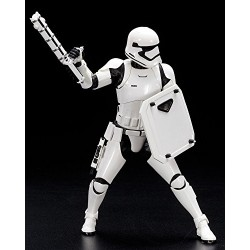 Star Wars SW124 First Order Stormtrooper Finn Artfx Plus Statue