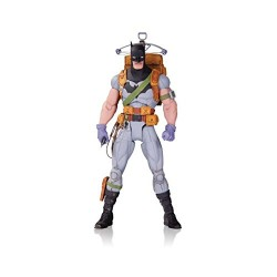 DC Comics MAR160328 Designer Series Capullo Survival Gear Batman Action Figure